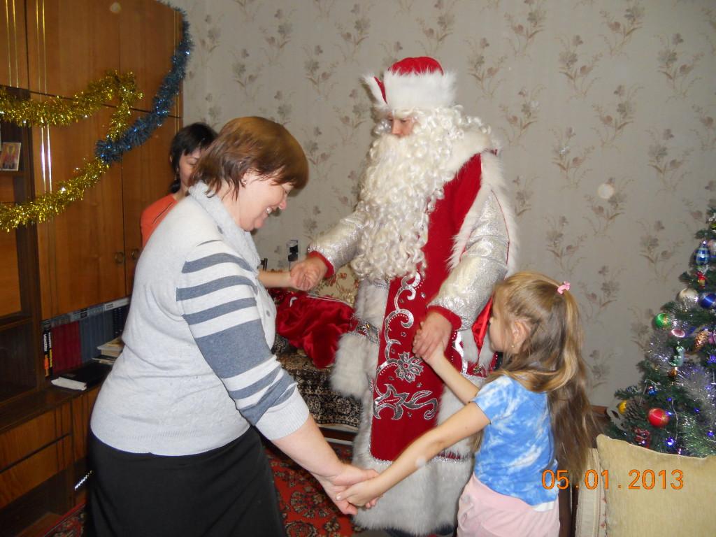 Дед мороз и Снегурочка на дом в Алматы